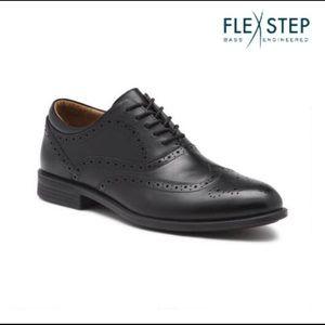 Bass Flex Step Wingtip Black Oxfords, Size 13M